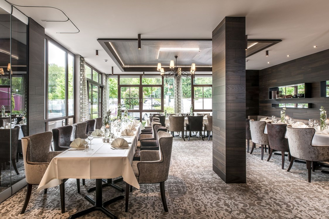 Mountainbikehotel: Gartenrestaurant - Land & Golf Hotel Stromberg