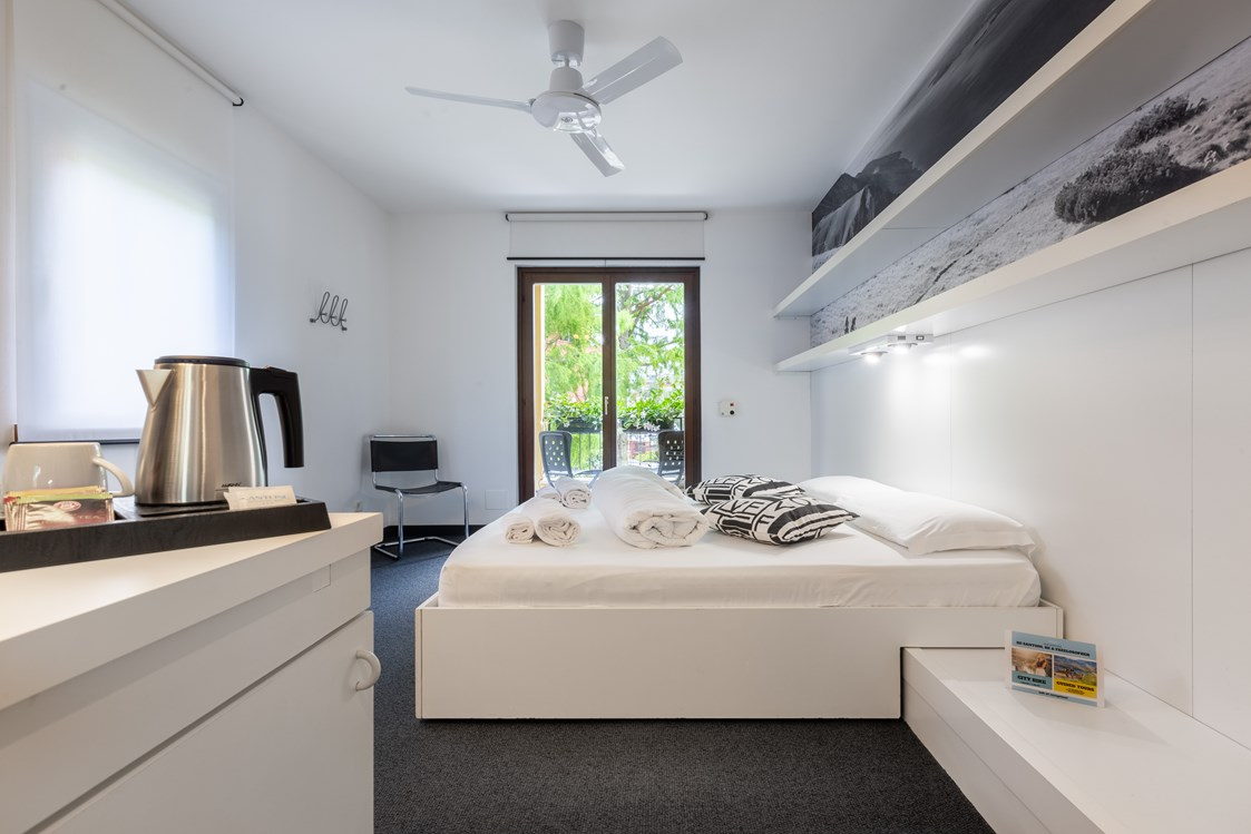 Mountainbikehotel: White Room - Doppelzimmer - Hotel Santoni Freelosophy