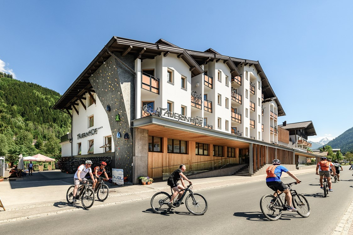 Mountainbikehotel: Funsport-, Bike- & Skihotel TAUERNHOF in Flachau - Funsport- & Bikehotel TAUERNHOF